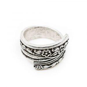 Adjustable Bohemian Flower Ring