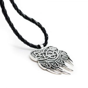 Amulet Bear Claw with Endless Knot