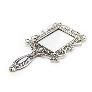 Traditional hand mirror square (18 cm)