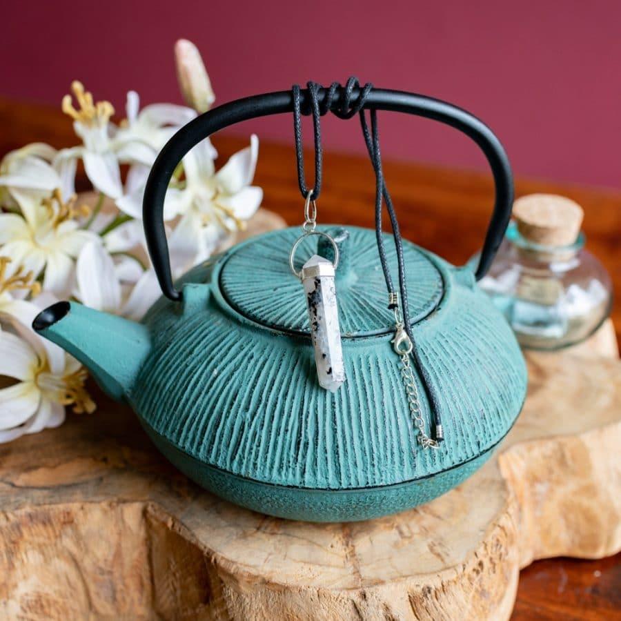 crystal facet pendant on tea pot