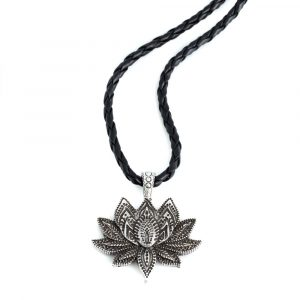 Pendant Lotus Silver Colored with Chain