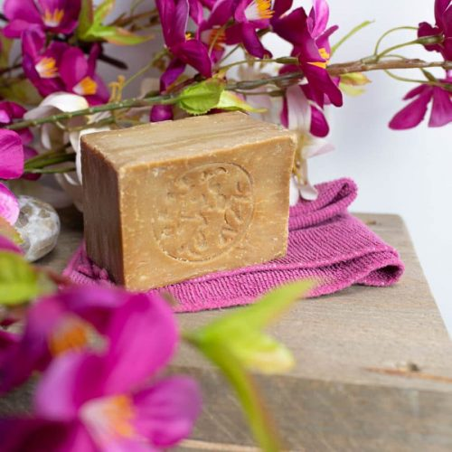 Aleppo Soap Benefits: Secrets of This Soothing Soap